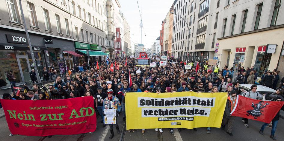 Contra nazismo, Berlim tem manifestações e aplicativo anti-nazi